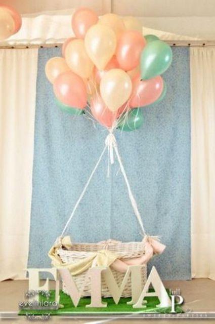 летающая кроватка для беби шауэр праздника