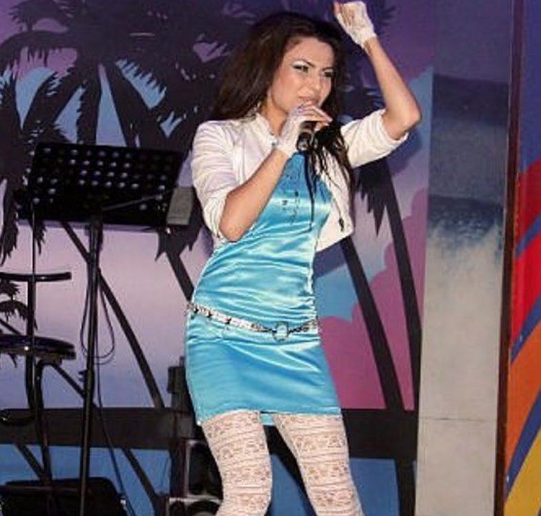 Самира Гаджиева на сцене в юности