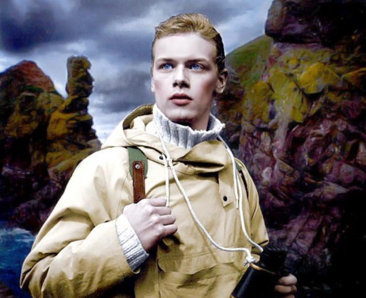Сэм Хьюэн в спектакле Далекие острова
