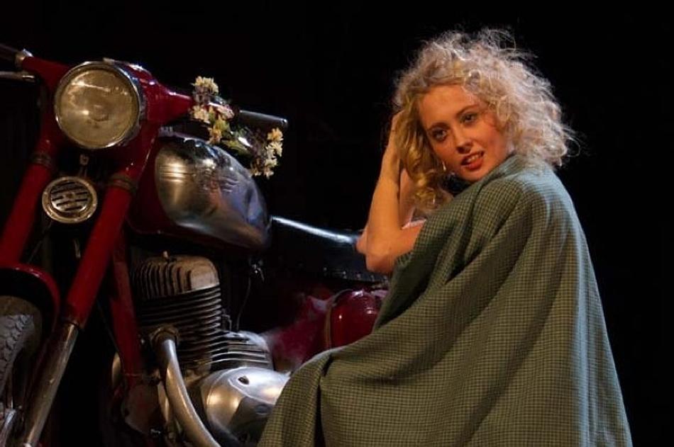 Вероника Иващенко в спектакле