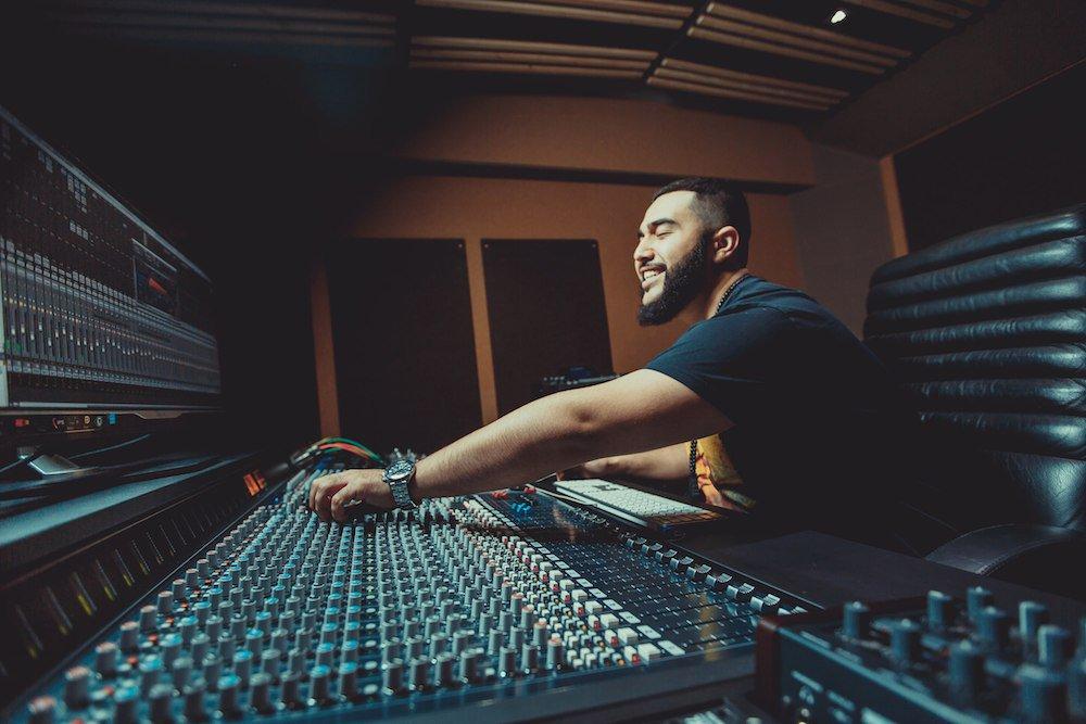 джех халиб в студии
