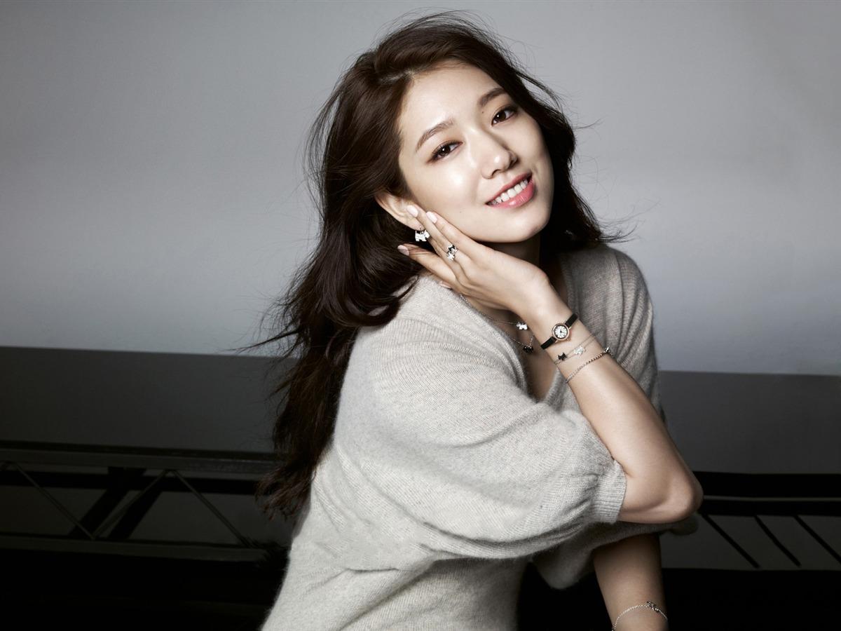 модель Пак Шин Хе